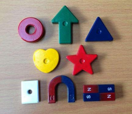 AlNiCo Magnets on Teaching Magnets